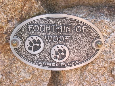 038jfountainofwoof.jpg